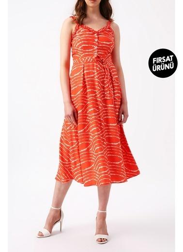 Random Kadın Beli Kuşaklı Yakası Ve Askısı Detaylı Desenli Midi Elbise Mercan